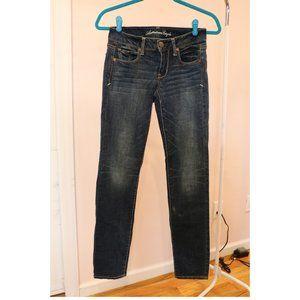 Dark Wash American Eagle Straight Cut Jean